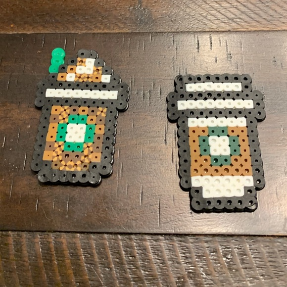 Starbucks Drink cups 8bit magnets